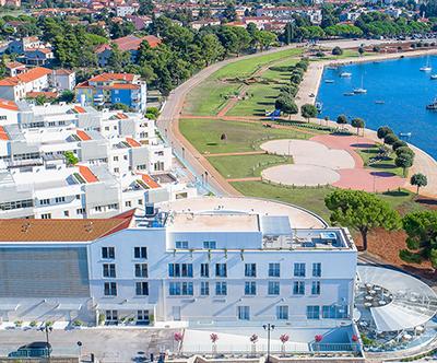 Garden Palace Resort 4*, Umag: apartmaji ob morju