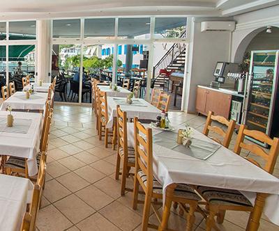 Beach Hotel Croatia: Makarska riviera