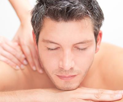 Protibolečinska masaža hrbta, vratu in rok (45 min)