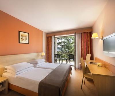 Remisens Hotel Lucija 3*: turistični bon