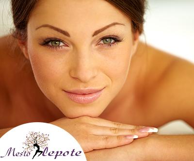 Salon Mesto lepote: topla masaža z zlatim oljem