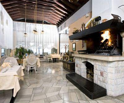 restavracija kamin