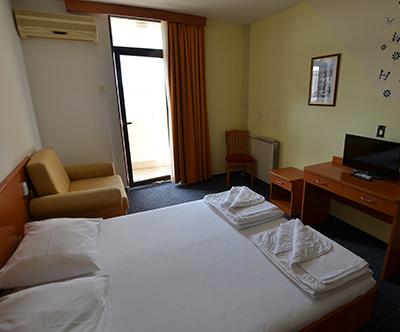 Hotel Zagreb 3*, Karlobag