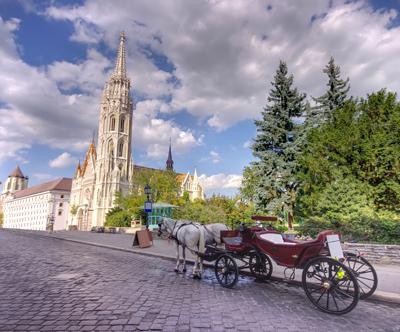 Izlet v Budimpešto in na Blatno jezero z goHolidays!