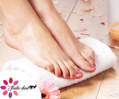 Permanentno lakiranje nohtov na rokah ali nogah