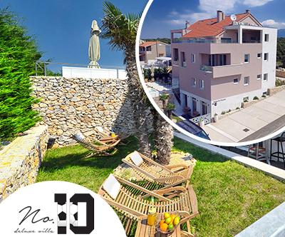 Deluxe Villa No. 10, Pag