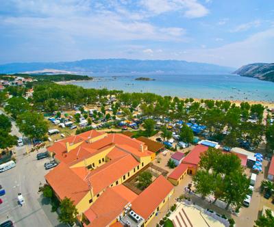 Hiške za 4+2; San Marino Camping Resort 4*