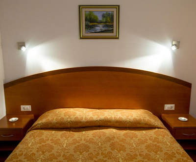 Popoln oddih za 2 osebi s savno v Hotelu Medno 3*