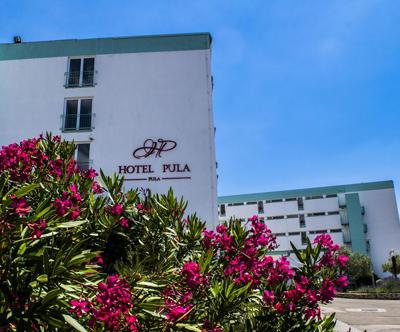 Popoln oddih za 2 osebi v Hotelu Pula