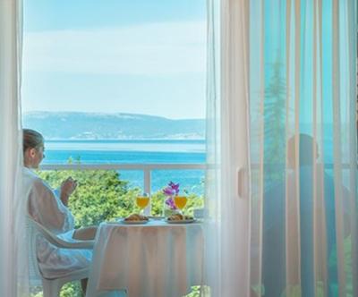 Hotel Beli Kamik, Njivice