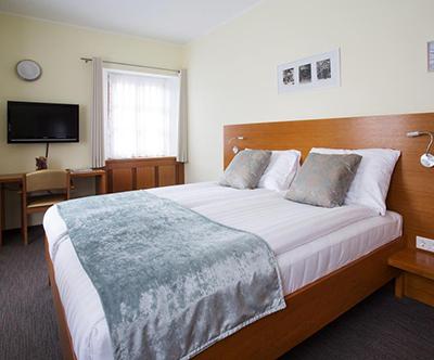 Hotel, gostilna Triglav