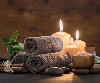 Praznicna masaža DOŽIVETJE za 2 osebi (60 min)