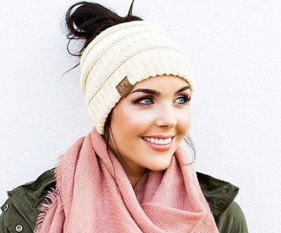 Modna ženska zimska kapa po izbiri