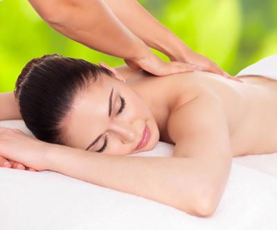 Terapevtska masaža hrbtenice 4D (60 min)