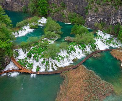 Nepozaben dan na Plitvickih jezerih z goHolidays!