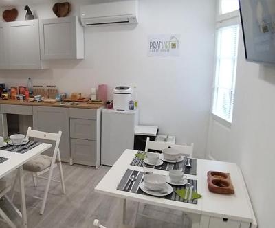 PiranArt Guesthouse