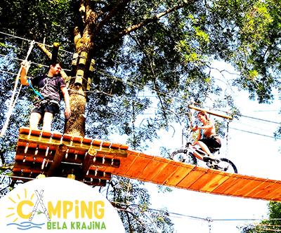 Adrenalinsk park ob Kolpi: družinski izlet + kosilo