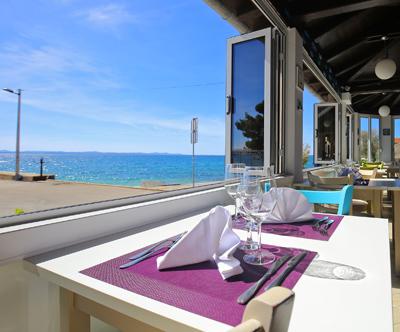 Hotel Delfin 3*, Diklo pri Zadru: mediteranski oddih