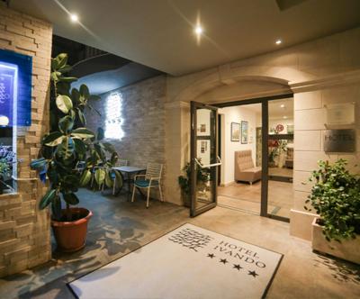 Hotel Ivando 4*, Drvenik: super cena za 8-dnevni oddih