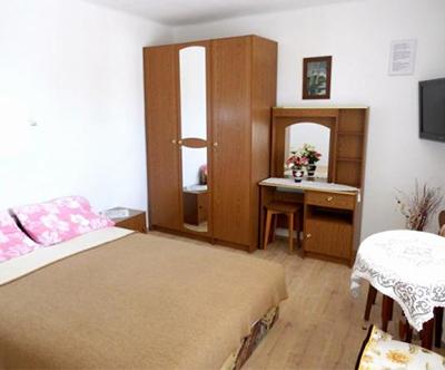 Apartmaji in sobe Tina 3*, Novi Vinodolski
