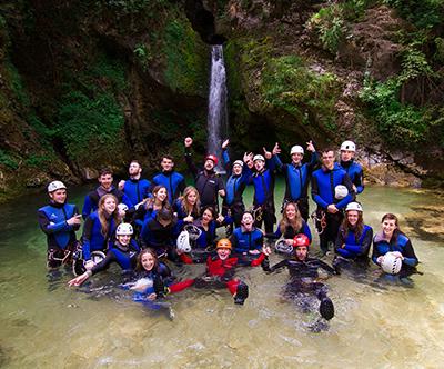 Outdoor Slovenija; adrenalinska avantura - soteskanje