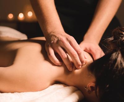 Lepotni salon Mateja: sproščujoča masaža hrbta 30 min