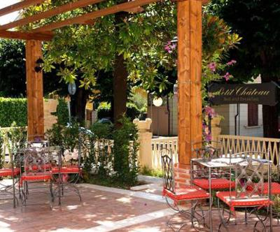 Penzion Petit Chateau, Montecatini Terme, Toskana