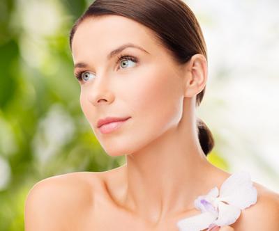 Kozmetični salon Magic: anti-age nega obraza (60 min)